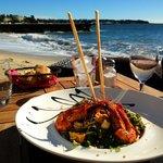 salade en solo au bord de la plage