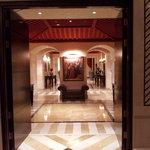 entrada a uno de  los salones