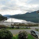 El fiordo Puyuhuapi desde la ventana de mi habitación