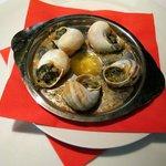 Escargot, (Lumache, Šneci) al calvados gratinate al formaggio Pont-l'Évêque