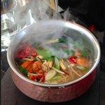 Steaming ramen noodles with prawns