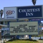 X Files Motel!