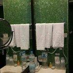 hermoso baño con Venecitas