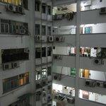 Внутренний двор и этажи Mirador Mansion