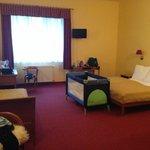 massive triple room