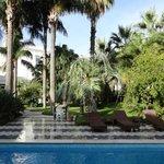 Jardim e piscina da Villa