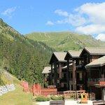 la résidence avec vue sur les montagnes