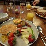 Good breakfast at Oneup restaurant