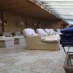 sala relax tra piscine e saune