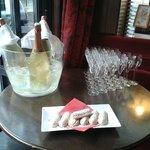 Privatisation au champagne et petits boudoirs