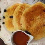 delicious blueberry-pancakes