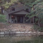 A private cottage right on the lake where you can view your boat sitting in the quiet cove. Upda