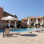 avantis studio hotel,Eretria