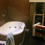 room bath tub XXL