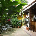 Entrada del Café San Rafael