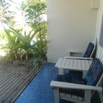 Moana Sands Beachfront Hotel - Deck