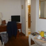 unser Zimmer mit Charme, Teeuntensilien, Infos  (TINTORETTO ROOM)
