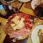 küçük (!) peynir ve et tabağı