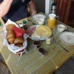 Ontbijt op het balkon