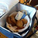 Ontbijt-tas met broodjes, beleg etc