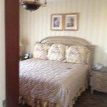 1480 corner suite