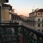 Street view from my room. Desde mi habitación.