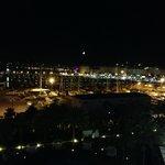 Вид из бара на крыше отеля