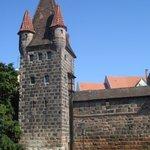 Вид на крепостную стену в окрестности хостела