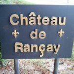 Look for this sign on the road at the entrance to the chateau