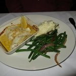 Baked Cod with green beans and mashed potatoes