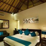 Bedroom with Balinese Rattan Ceiling