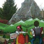 Take a pix at the Matterhorn