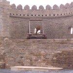 Катапульта на крепостной стене