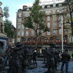 Вид на отель с площади