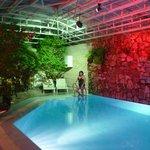 Очень красивый (бесплатный) бассейн в отеле