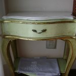 Little shabby chick bed side table