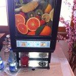 Juice dispenser ala 80's