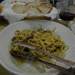 Spaghetti alla chitarra con funghi e salsiccia