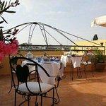Petit dej de luxe sur la superb terrasse