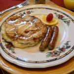 Cinnamon Bun pancakes for breakfast were to die-for!