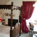 Wren, four poster bedroom