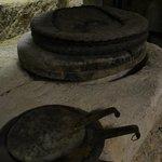 les scourtins en coco pour recueillir la pâte d'olive