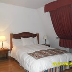 una de las camas de la habitacion 63
