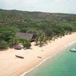 Baobab beach & Eden Lodge
