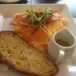 eggs witn salmon
