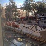 Вид из окна на Площадь Рембрандта