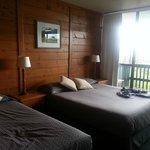 Acacia room