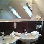 Junior Suite - Geräumiges Badezimmer
