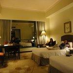 spacious de luxe room