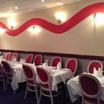 The seating allows any occasion; from a simple meal to social gatherings (please book in advance